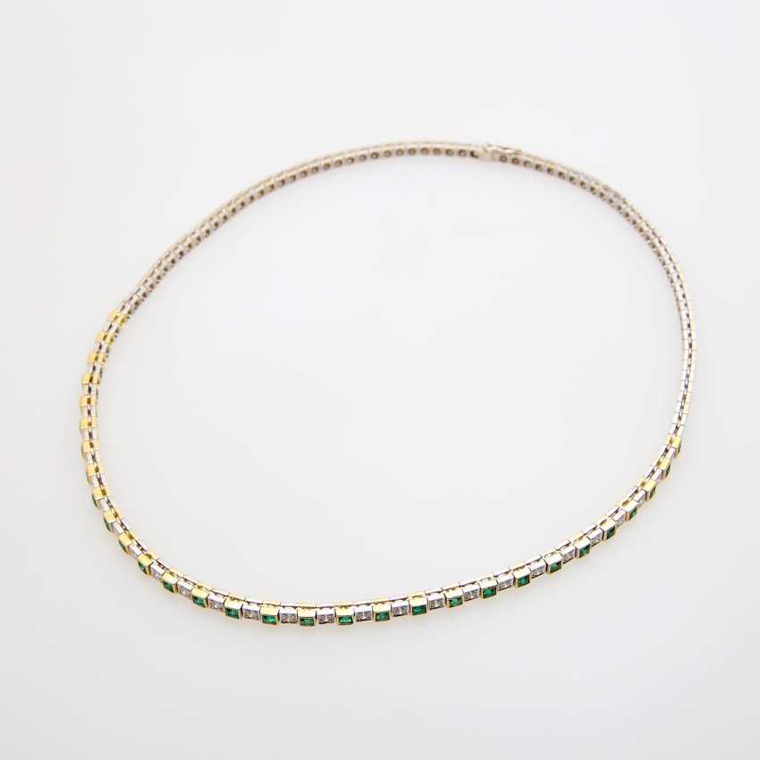 Necklace im Mittelteil mr. Smaragdcarrés u. Brillanten - photo 1