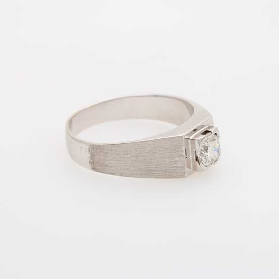 Mens solitaire ring with 1 diamond, about 0.9 ct; - photo 2