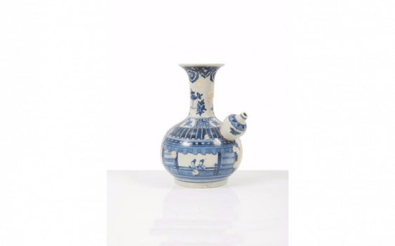 Kendi porcelain China Decorated in blue