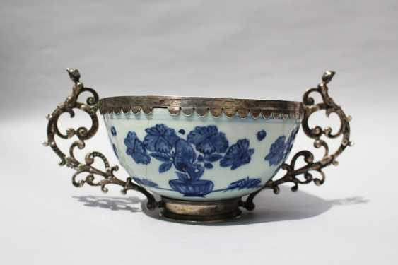 Asian Porcelain Bowl - photo 1