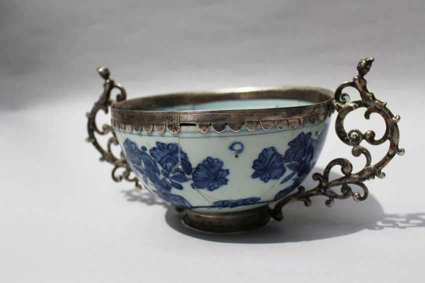 Asian Porcelain Bowl - photo 2