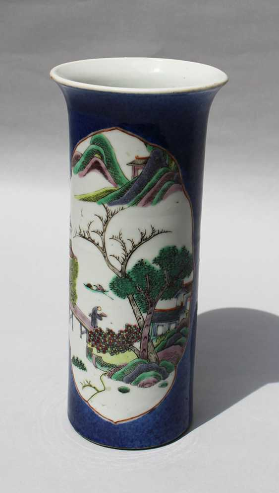 Small Kang Xi Vase - photo 2
