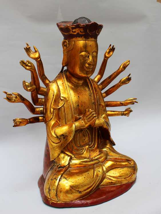 Chinese God with 14 Hands - photo 1