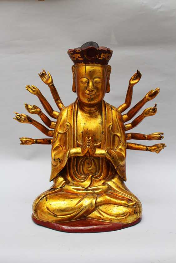 Chinese God with 14 Hands - photo 2