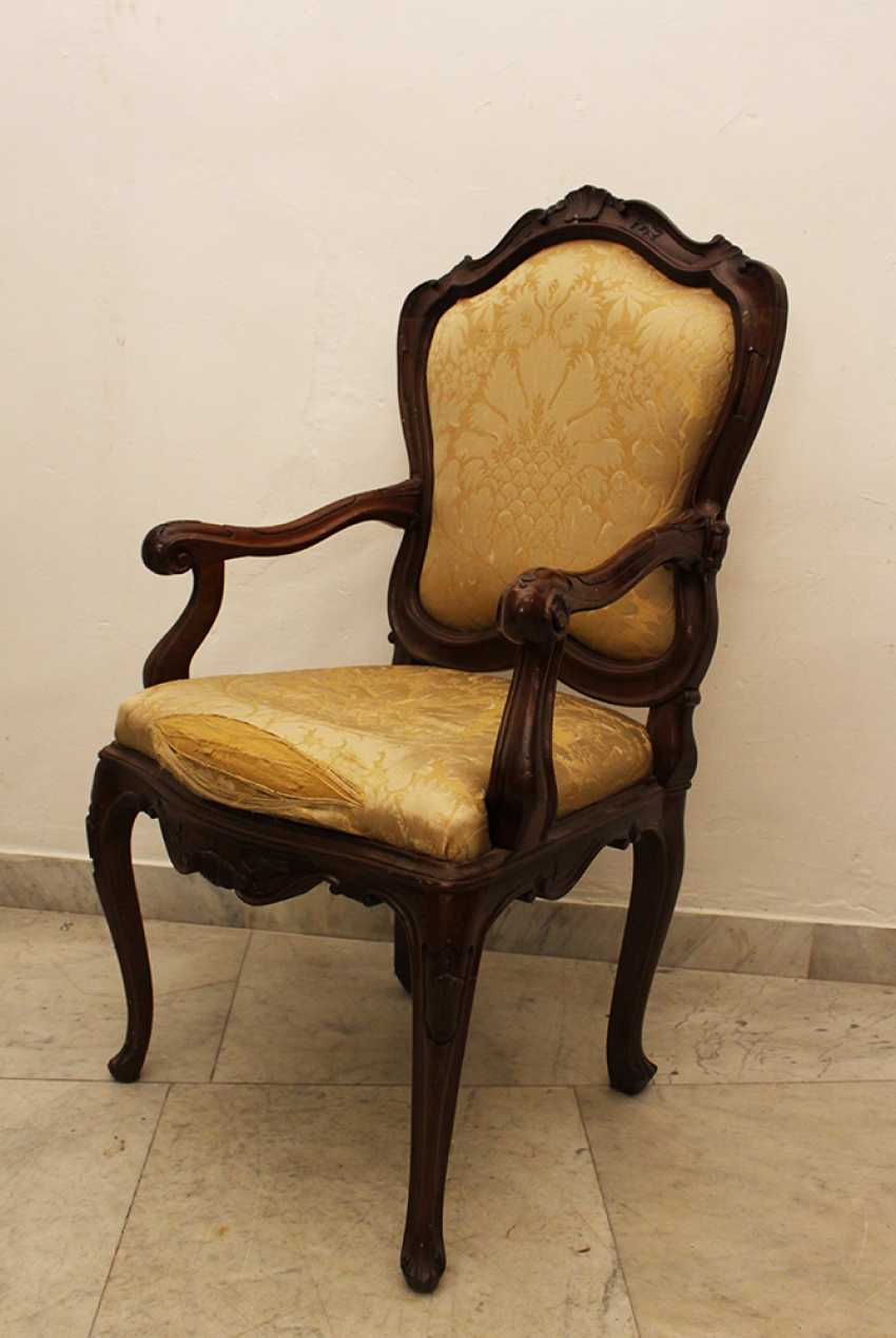 Pair of Venetian Arm Chairs - photo 2