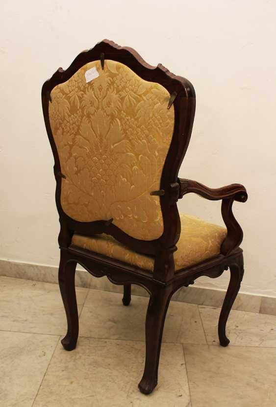 Pair of Venetian Arm Chairs - photo 3