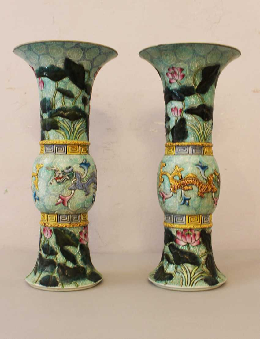 Pair of chinese porcelain vases - photo 2