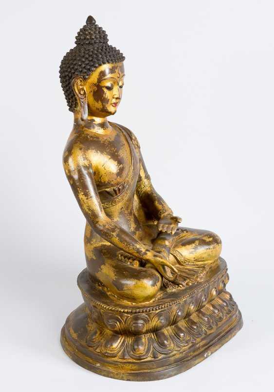 Large indochinese bronze Buddha - photo 2