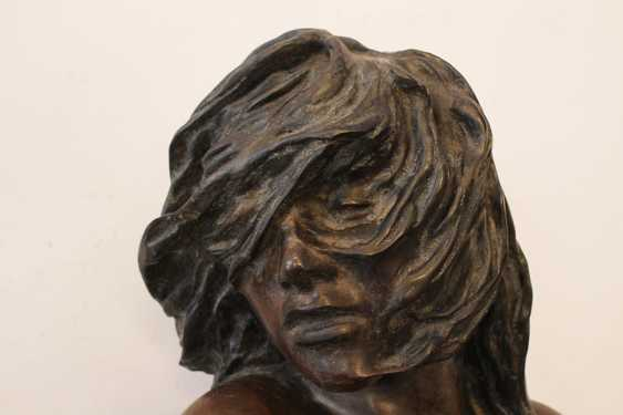 Bronze Sculpture of a Girl - photo 3
