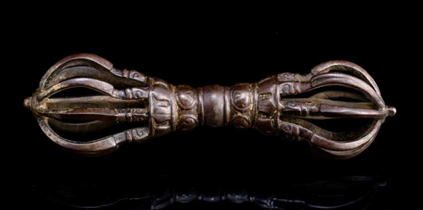 Vajra is made of iron - photo 3