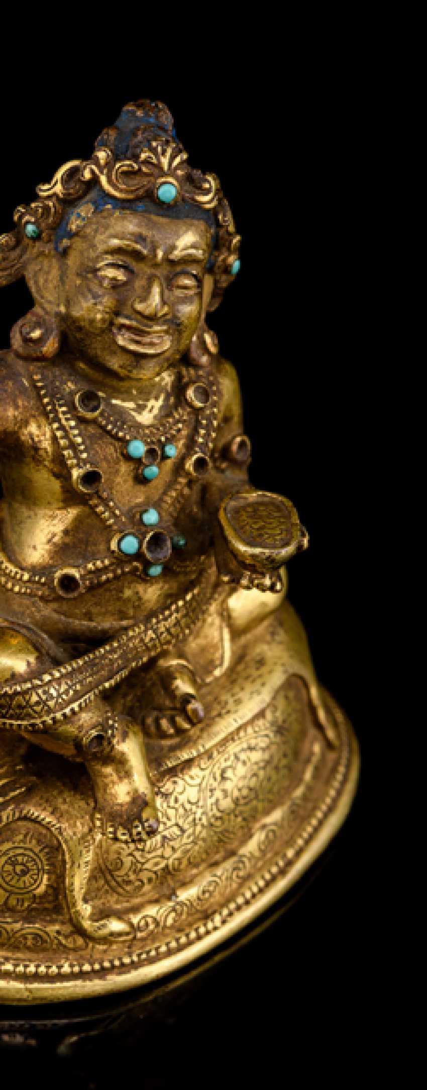 Fine fire-gilded Bronze of the Mahasiddha Virupa - photo 2