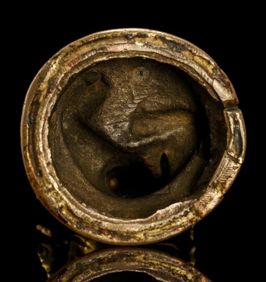 Fire gilt Bronze of a SASKYAPA LAMA - photo 3