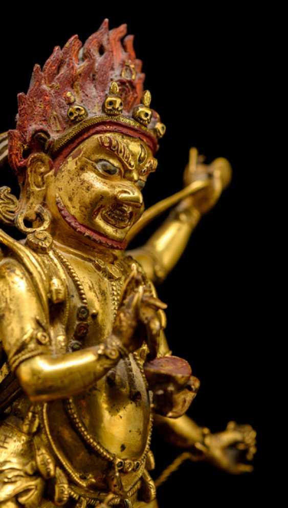 Feuervergoldete Bronze des SADBHUJAMAHAKALA - photo 2