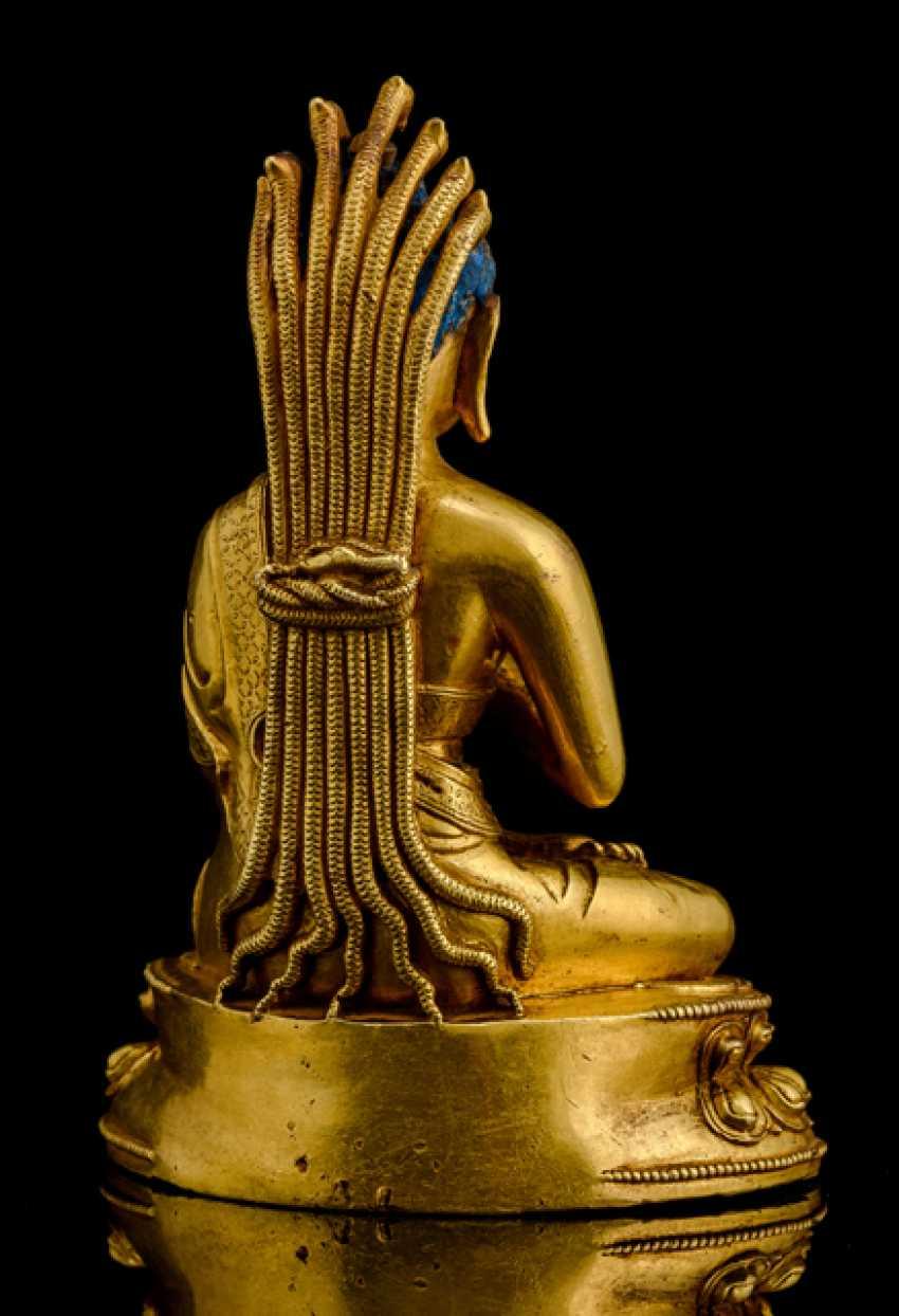 Fire-gilt Bronze of NAGARJUNA - photo 2