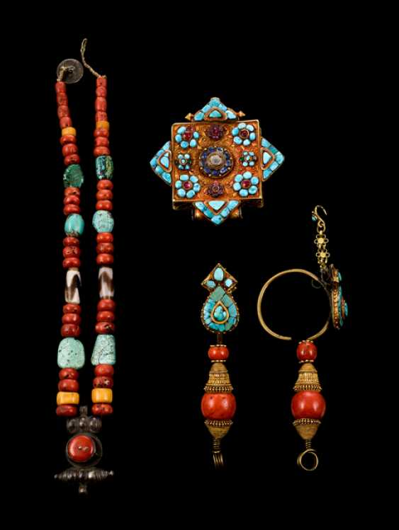 Two-drop earrings, necklace and Gau - photo 1