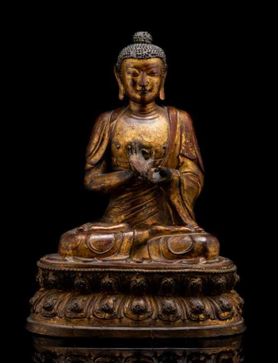Figur des Buddha Shakyamuni aus Holz und Lack - photo 1