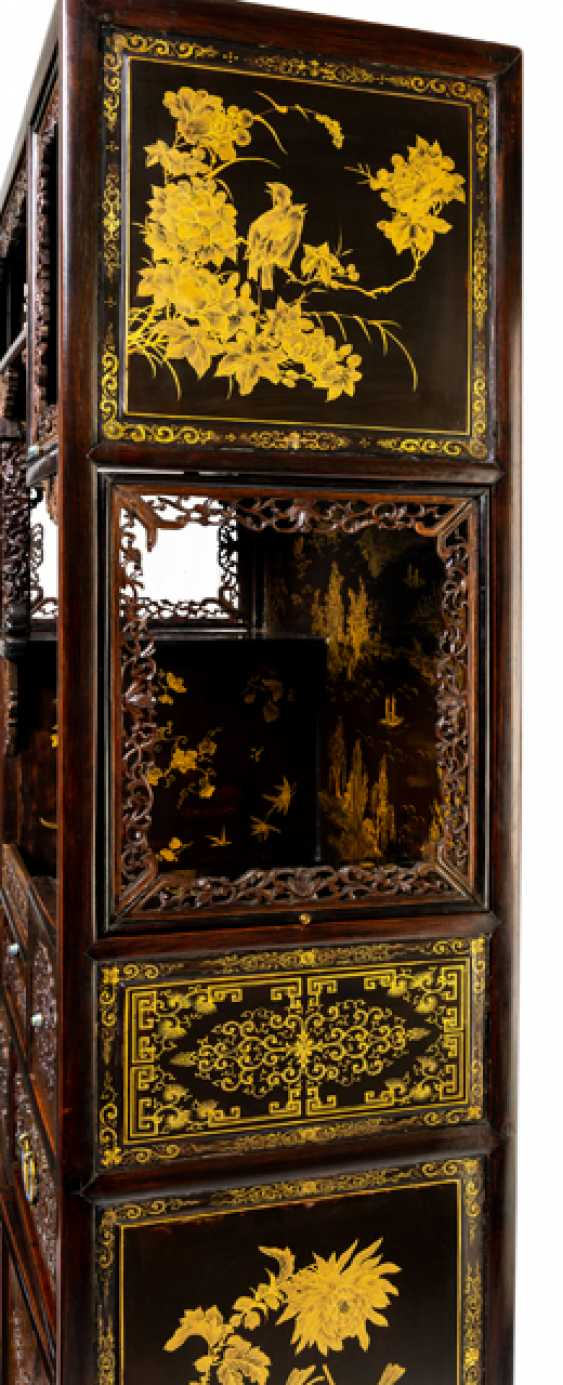 Some fine cabinets made of various Woods with Cloisonne fittings - photo 3