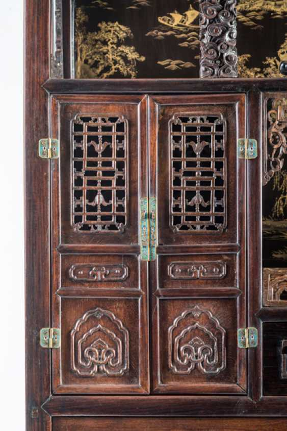 Some fine cabinets made of various Woods with Cloisonne fittings - photo 7