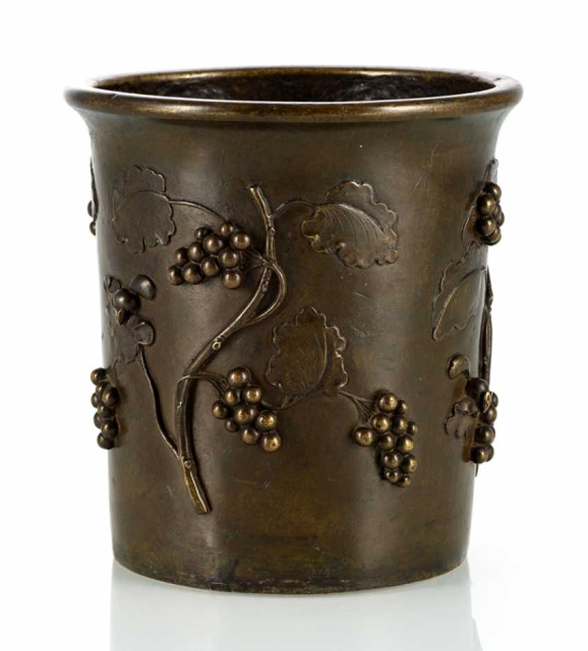 Brush Cup is made of Bronze with relief decoration of grapes and the seven sleepers - photo 1