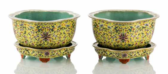Pair of Cachepots made of porcelain with a yellow background, and Lotus decor with plates - photo 1