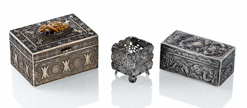 Gold-plated lidded box made of silver with tiger's eye, lidded box made of silver and salt vascular - photo 1