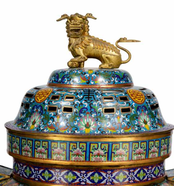 Very large, partially fire-gilt Cloisonné incense burner with wooden stand - photo 1