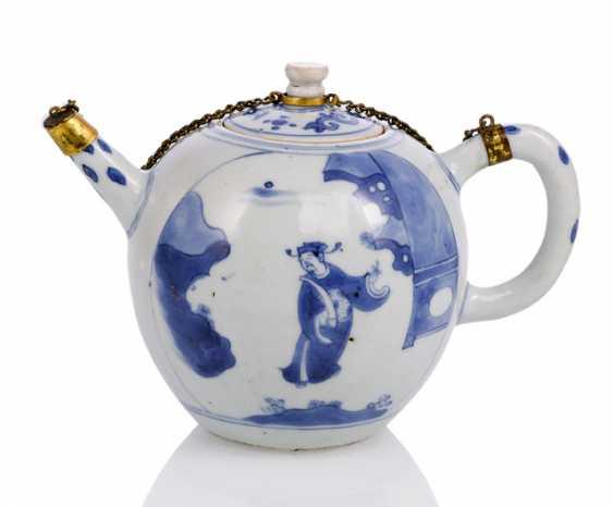Under glaze blue decorated porcelain teapot with gilt mount - photo 1