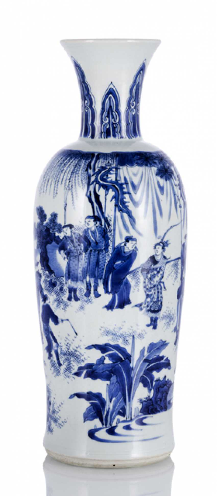 'Rolwagen'Vase with blue-and-white decorated a romantic scene - photo 1