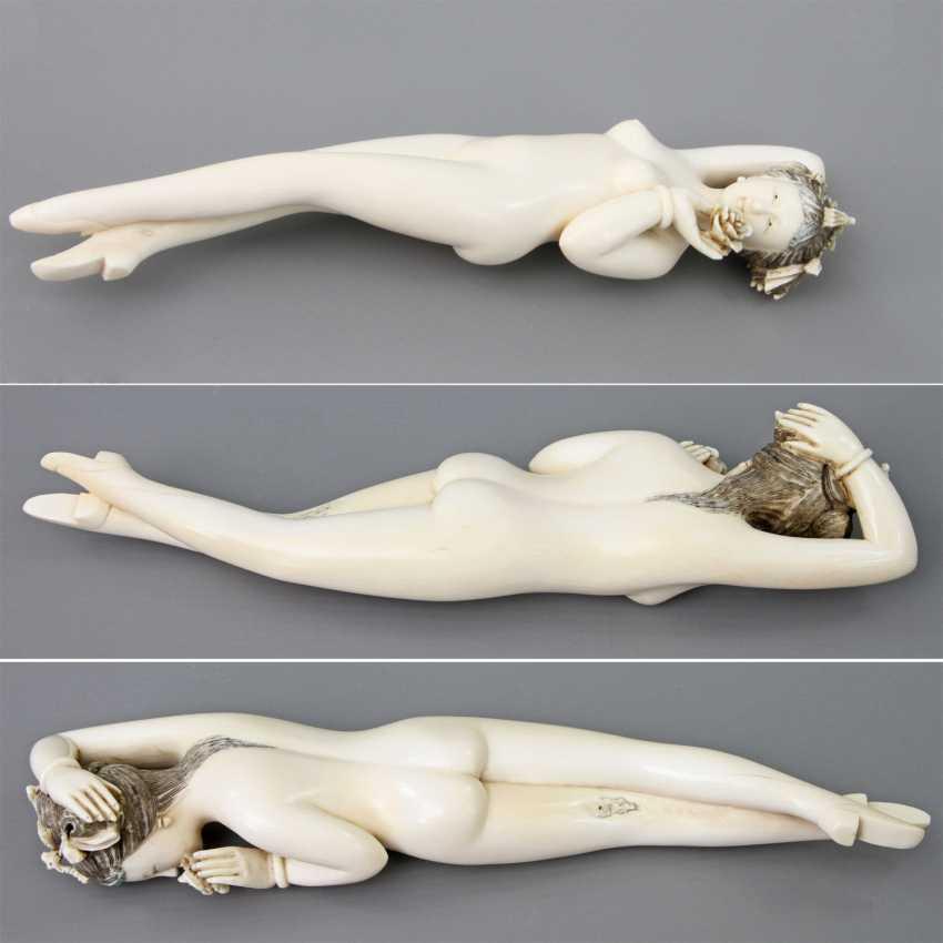"Fine, ""Doctors Lady"" of ivory. CHINA, around 1900 - photo 2"