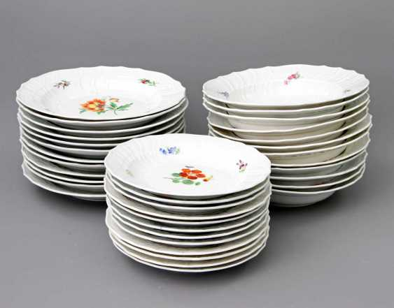 MEISSEN dining service for 12 people German flower colorful', Knauf swords & Pfeiffer time - photo 2
