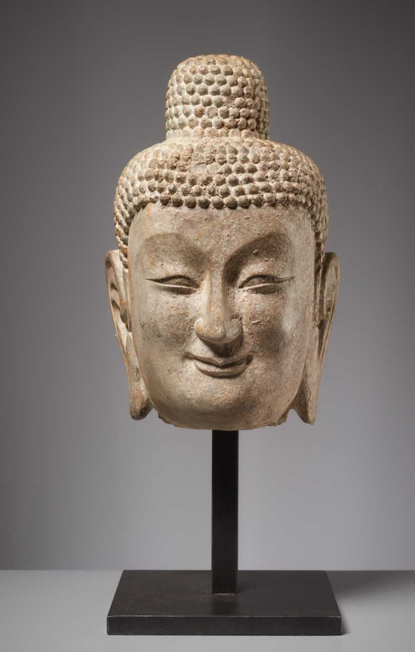 LARGE HEAD OF A SMILING BUDDHA - photo 1