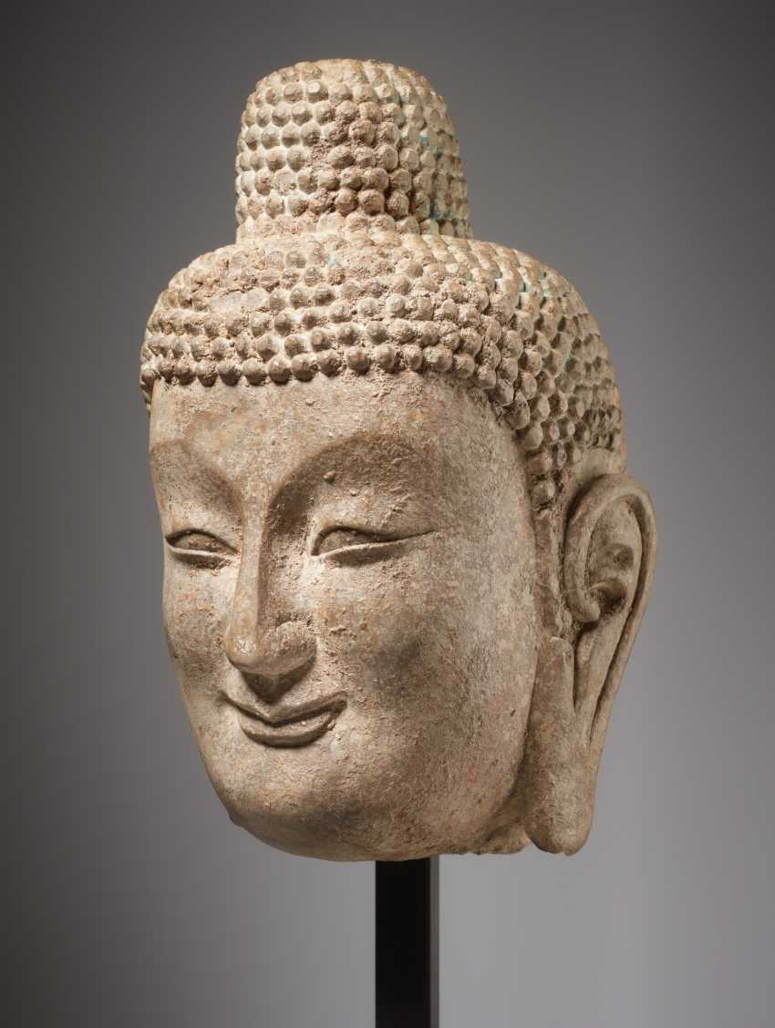 LARGE HEAD OF A SMILING BUDDHA - photo 2