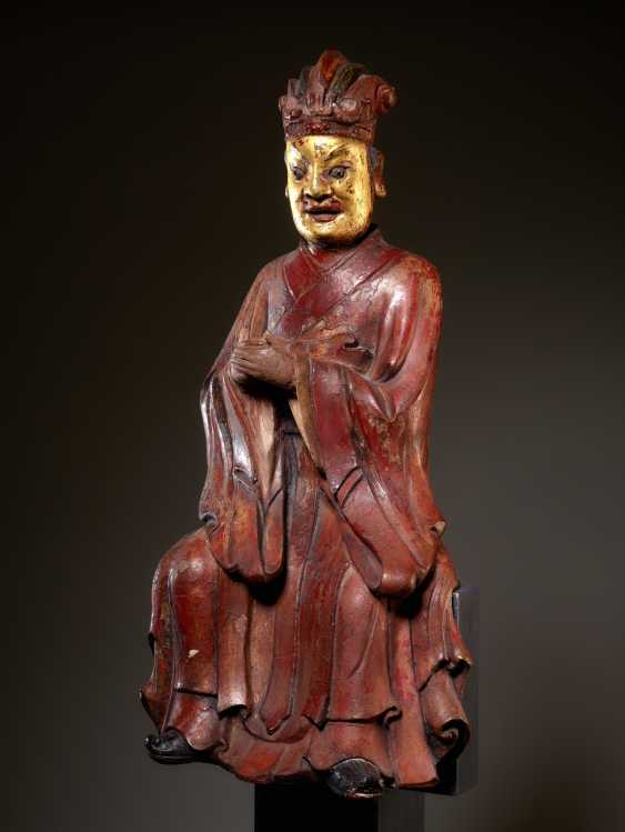 LARGE SCULPTURE OF A OFFICIAL DEITY OF THE FORMER MUSEUM COLLECTION - photo 3