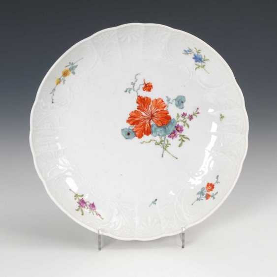 Bowl with flower painting, Meissen. - photo 1