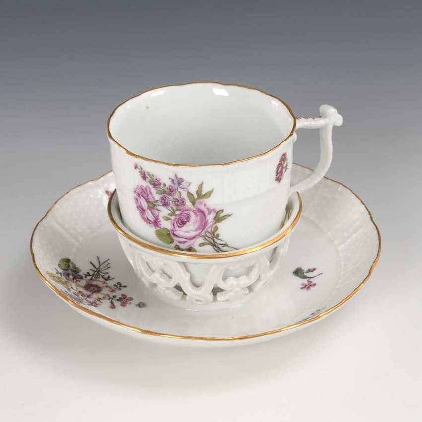 Trembleuse with flower painting, Meissen. - photo 1