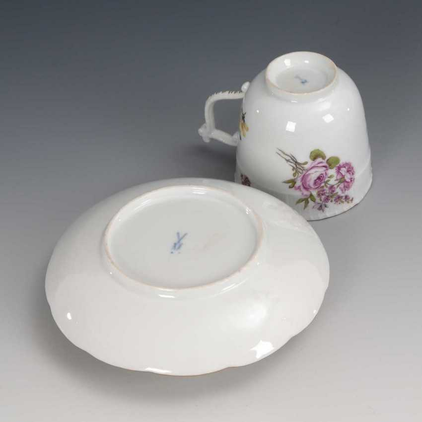 Trembleuse with flower painting, Meissen. - photo 3