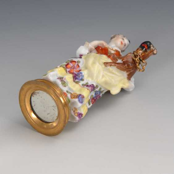 Rare bottle: lady with a pug, Meissen - photo 2