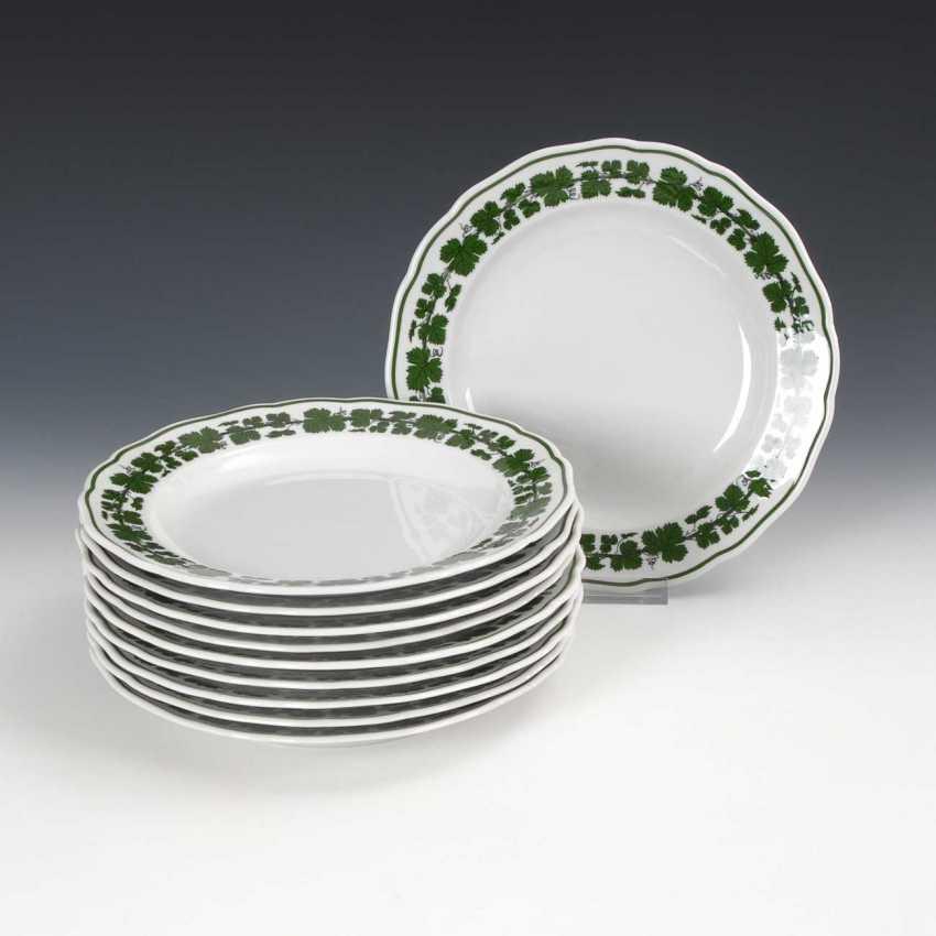 10 plates with vine leaf decoration, Meissen. - photo 1