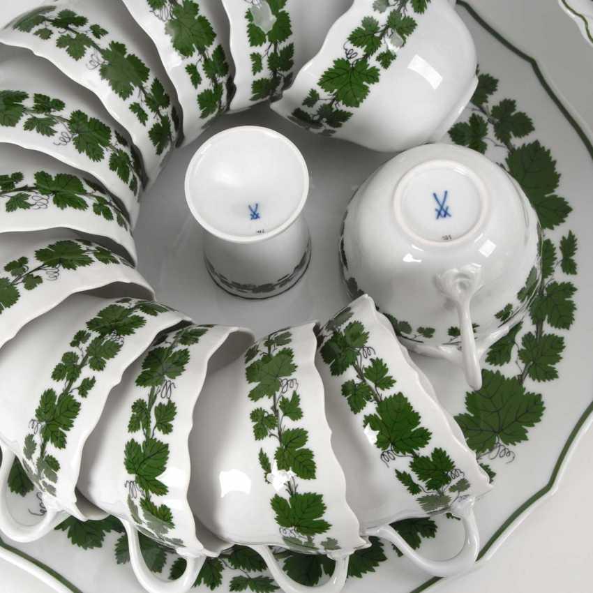 Coffee/tea set with vine leaf decoration, M - photo 3