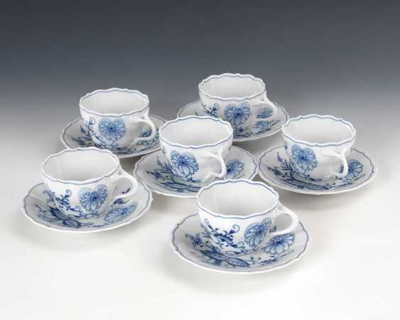 6 onion pattern cups and saucers - photo 1