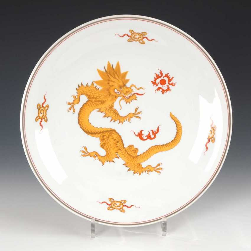 Wall plate with dragon decoration, Meissen. - photo 1