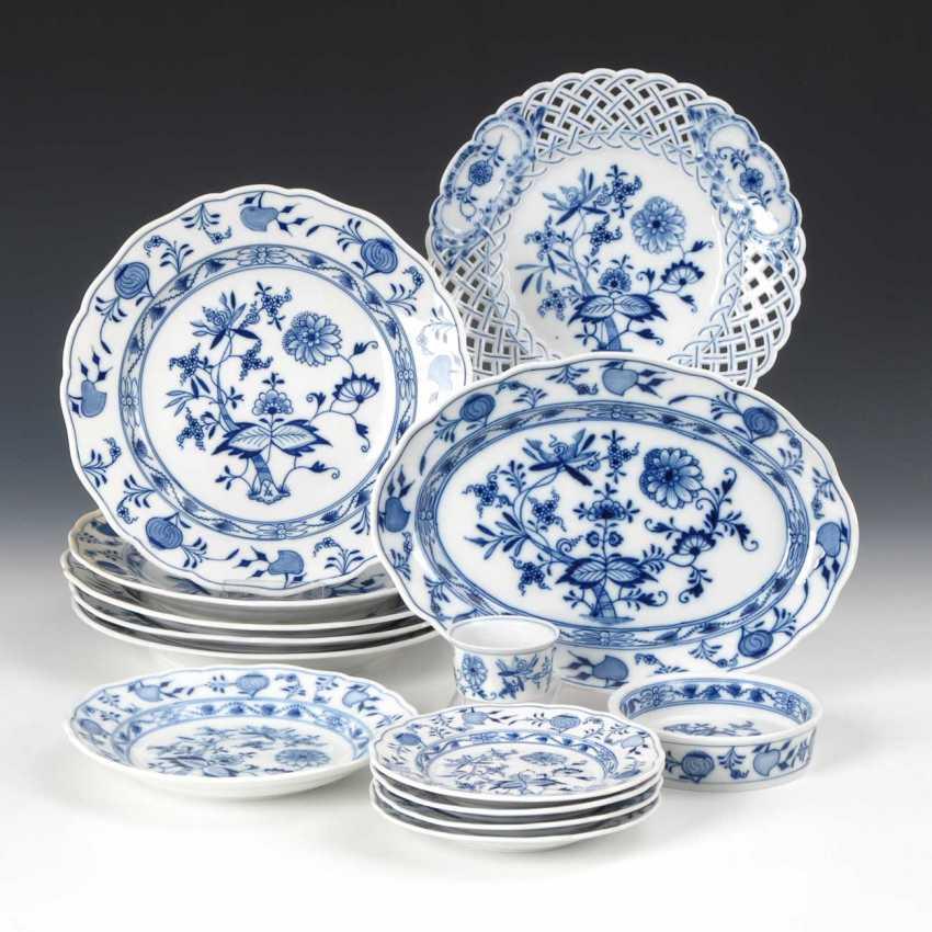14 Parts Onion Pattern-Porcelain, Meiss - photo 1