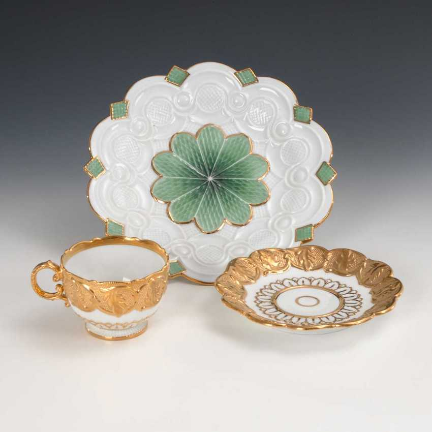 Relief Cup and plate, Meissen. - photo 2