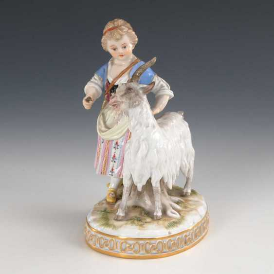Girl with goat, Meissen. - photo 2