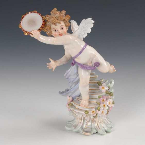 Cupid with tambourine, Meissen. - photo 1
