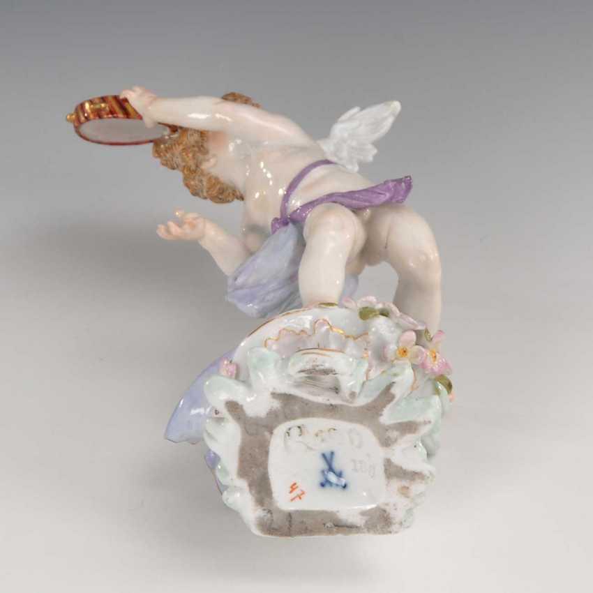 Cupid with tambourine, Meissen. - photo 3
