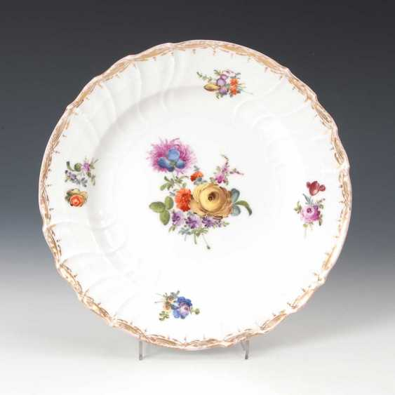 Plate with floral painting, antique KPM Berlin. - photo 1