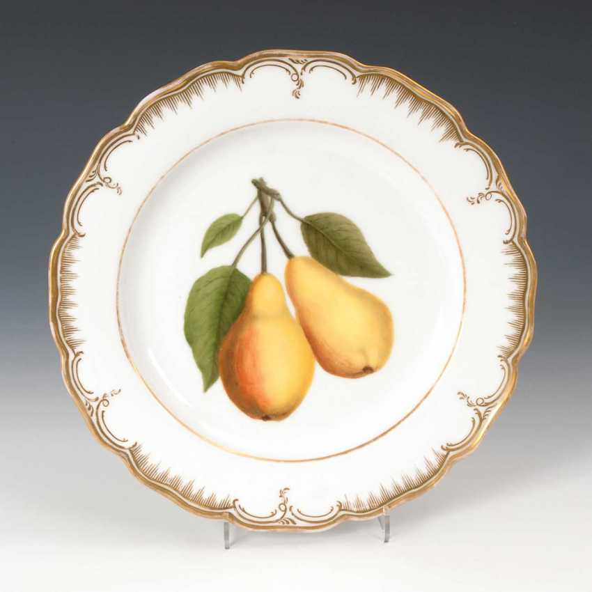 Plate with fruit painting, antique KPM Berlin. - photo 1