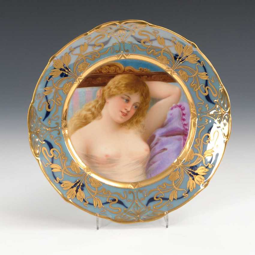 Art Nouveau plate with woman portrait, Sc - photo 1