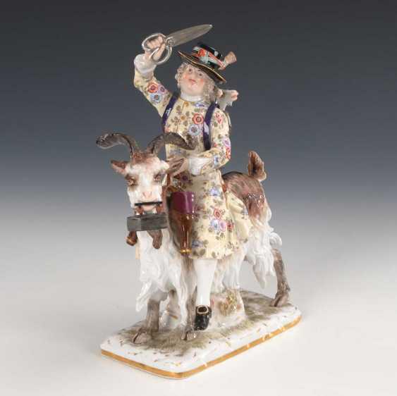 Tailor on a goat, Meissen. - photo 1